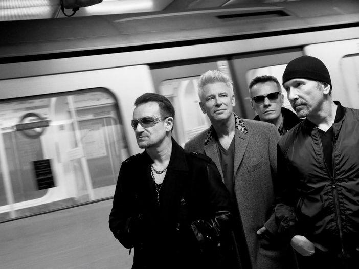 Dublino, gli U2 lanciano la loro nuova etichetta dance