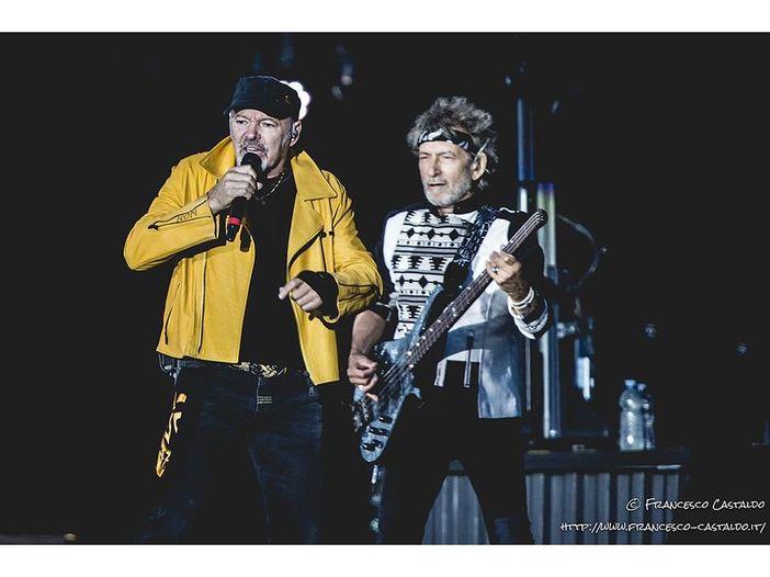 Vasco Rossi, svelato il sostituto del bassista Claudio Golinelli: 'The show must go on'