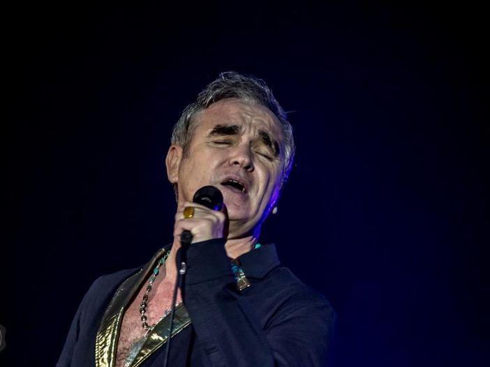 """Morrissey e il cibo: """"Non mi considero vegano, vegetariano o carnivoro. Mi rifiuto di mangiare qualsiasi cosa abbia una madre"""""""