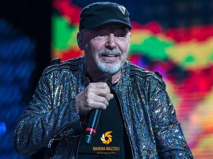 Vasco Rossi: stasera in tv il documentario sui concerti a San Siro nel 2019