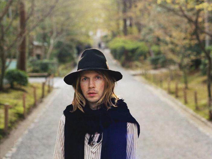 Beck, il nuovo album esce a ottobre: subito il primo singolo, 'Wow' - ASCOLTA
