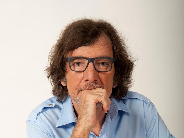 Milano, Claudio Cecchetto colpito da malore