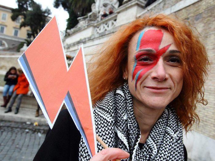 David Bowie, il racconto del flash mob di Roma - FOTOGALLERY