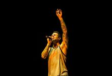 Adam Levine compie gli anni: le migliori hit dei Maroon 5