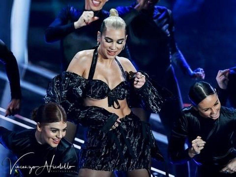 Cosa è successo stanotte agli American Music Awards?
