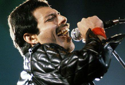 """""""MIGLIOR CANTANTE DI OGNI TEMPO"""", vince Michael Jackson! Freddie_tiscali"""