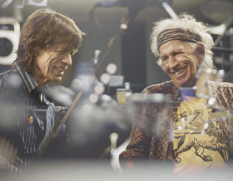 Accadde nel rock, oggi 17 ottobre: Rolling Stones, Fabri Fibra, Roberto Angelini, Ziggy Marley, Gianmaria Testa, Wyclef Jean, Andrea Parodi, Eminem, Beatles