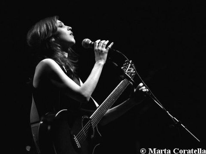 "Nathalie - la recensione di ""Into the Flow"""