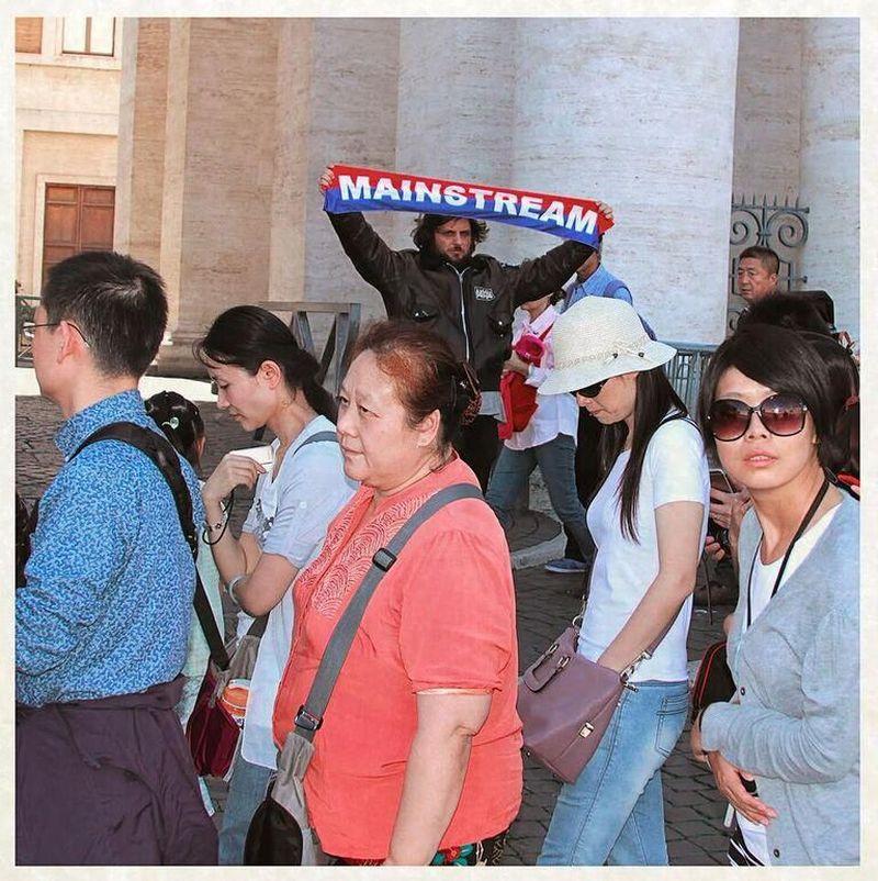 """Calcutta, """"Mainstream"""" 5 anni dopo: dentro il disco che ha rivoluzionato il pop italiano"""