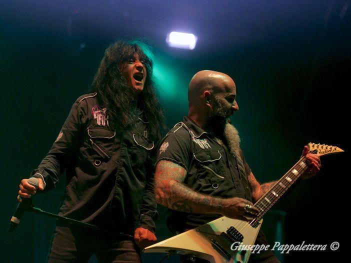 Anthrax: pubblicato il video live di 'Caught In A Mosh', primo estratto dal DVD 'Kings Among Scotland' in uscita il 27 aprile – GUARDA