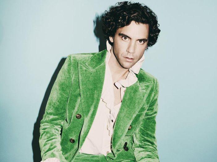 Mika torna ad essere Michael Holbrook nel nuovo album - l'intervista