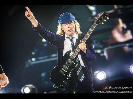 Senti come suona il nuovo singolo degli AC/DC