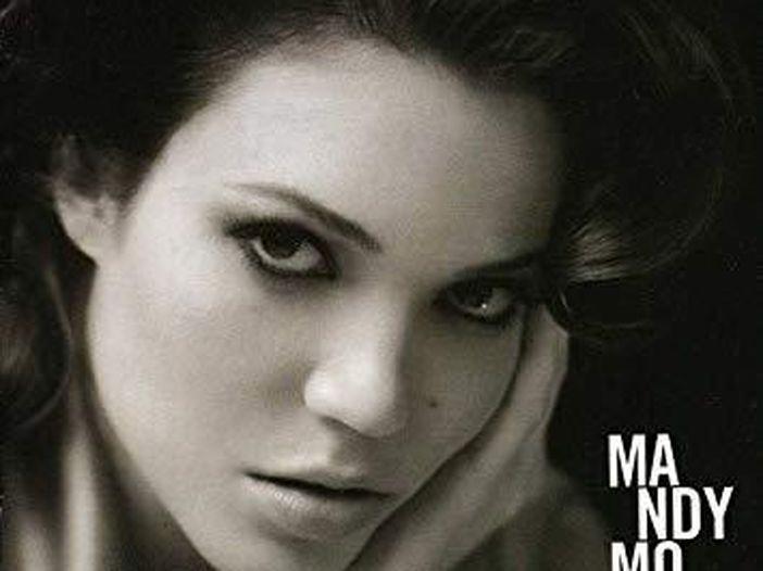 Mandy Moore pubblica una nuova canzone dopo dieci anni