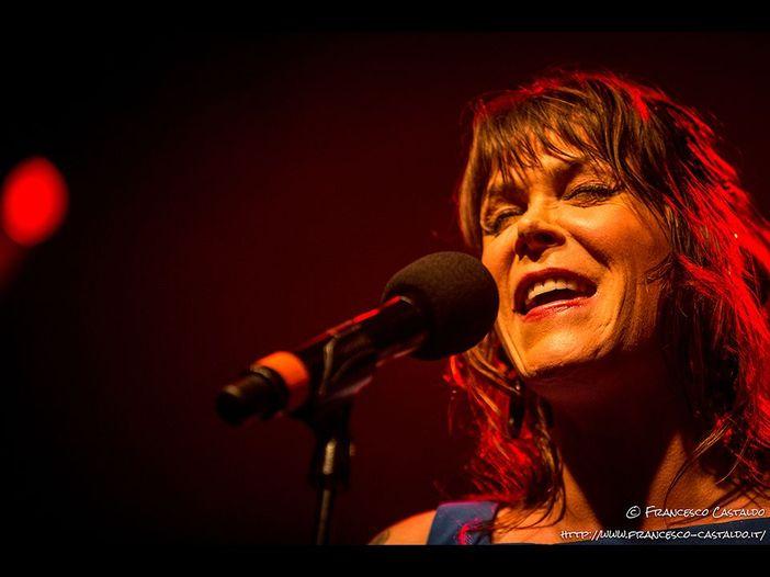 Concerti, Beth Hart: una data ad agosto a Gardone Riviera