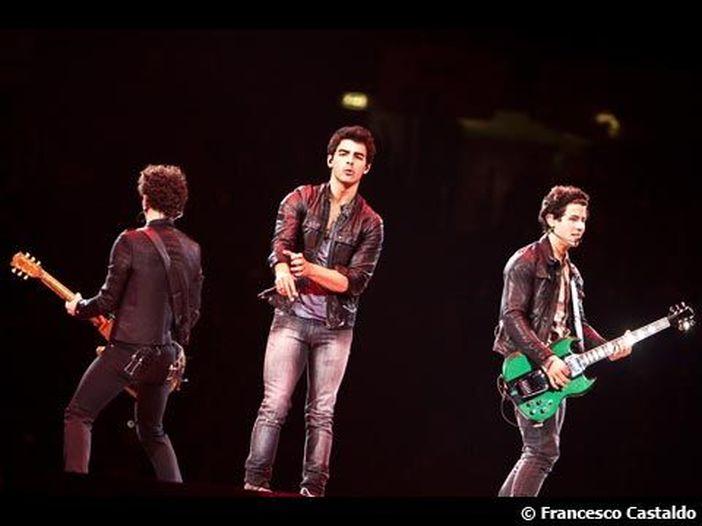 Jonas Brothers, un reality per Kevin e la moglie italiana