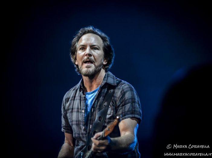 """Pearl Jam: a Cracovia suonano per la prima volta dal vivo in Europa """"Other Side"""" - VIDEO"""
