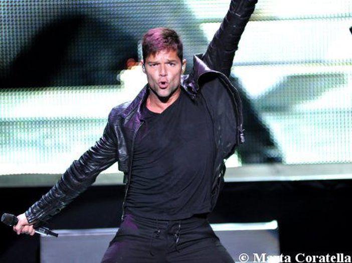 Ricky Martin, il Re del pop latino: la sua storia in 10 hit