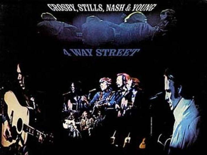 """4 Way Street"": il leggendario disco dal vivo di Crosby Stills Nash & Young"