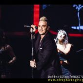 23 luglio 2015 - Lucca Summer Festival - Piazza Napoleone - Lucca - Robbie Williams in concerto