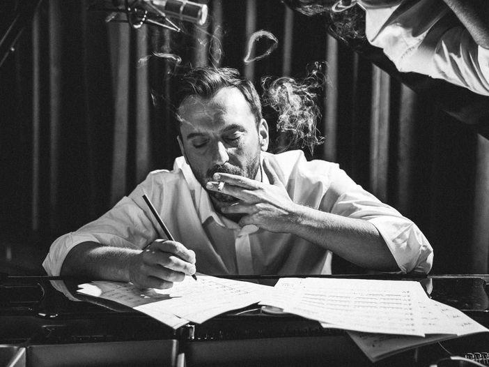 Cesare Cremonini: 'Amor mio' vince il nastro d'argento 2013
