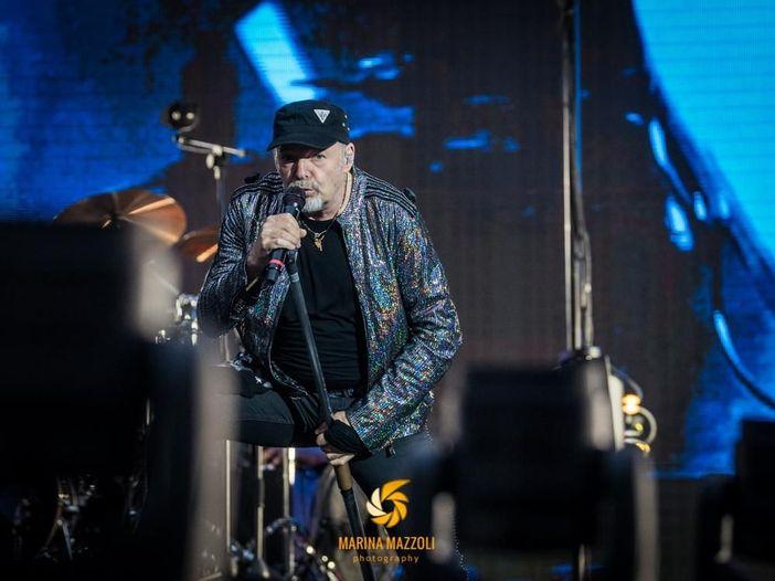Vasco Rossi, i video del concerto di Cagliari del 18 giugno 2019