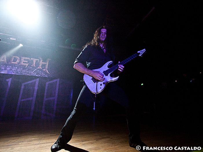 Arriva in Italia l'ex chitarrista dei Megadeth, ecco tutti gli appuntamenti