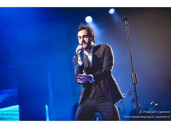 """Marco Mengoni presenta l'album live: """"Ora una pausa, ma ho già in mente il prossimo progetto"""" - VIDEOINTERVISTA"""