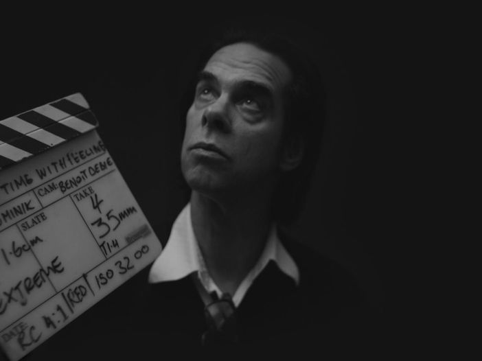 Nick Cave e Warren Ellis insieme per la colonna sonora del film di Netflix 'War Machine' - TRAILER