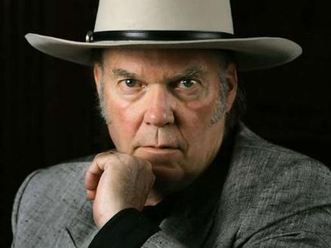 Neil Young announces new concert with Crazy Horse
