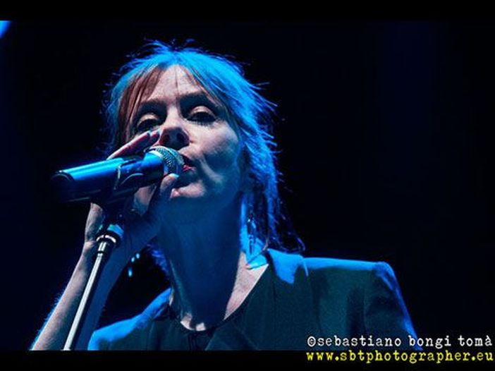 """Concerti, Suzanne Vega in tour in Italia. A ottobre esce l'album """"Lover, beloved: songs from an evening with Carson McCullers"""" - AUDIO"""