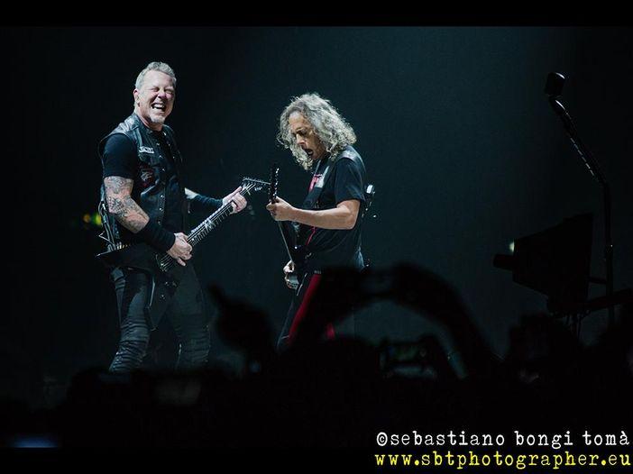 Metallica: 'duello' tra Hetfield e Hammett prima delle finali NBA