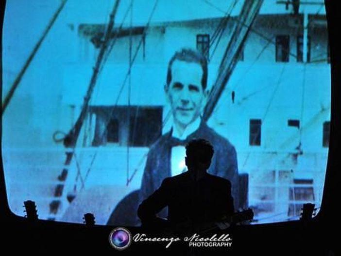 Concerti, Elvis Costello: sette live italiani il prossimo maggio