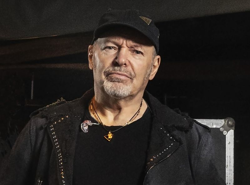 Vasco Rossi sull'afroamericano morto a Minneapolis: 'Violenza lurida'