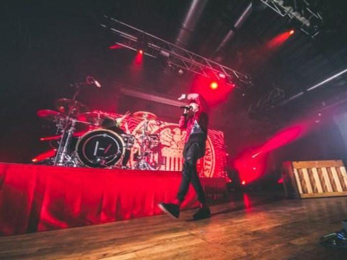 Debutto dal vivo per tre canzoni di 'Trench': Twenty One Pilots, la scaletta del concerto a Nashville del 16 ottobre 2018
