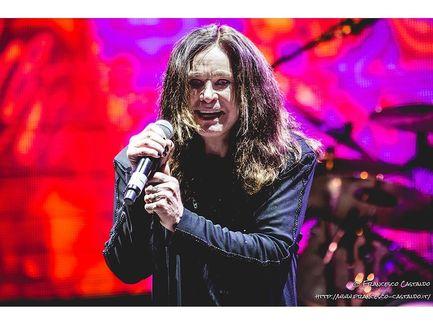 Grandi concerti aspettando che riprendano i concerti: stasera i Black Sabbath
