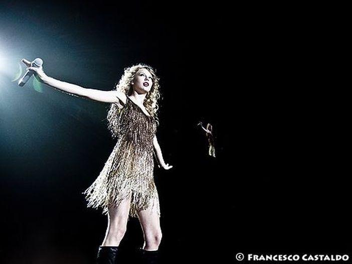 Taylor Swift, record di vendite. Annunciato il tour mondiale. Anche in Italia?